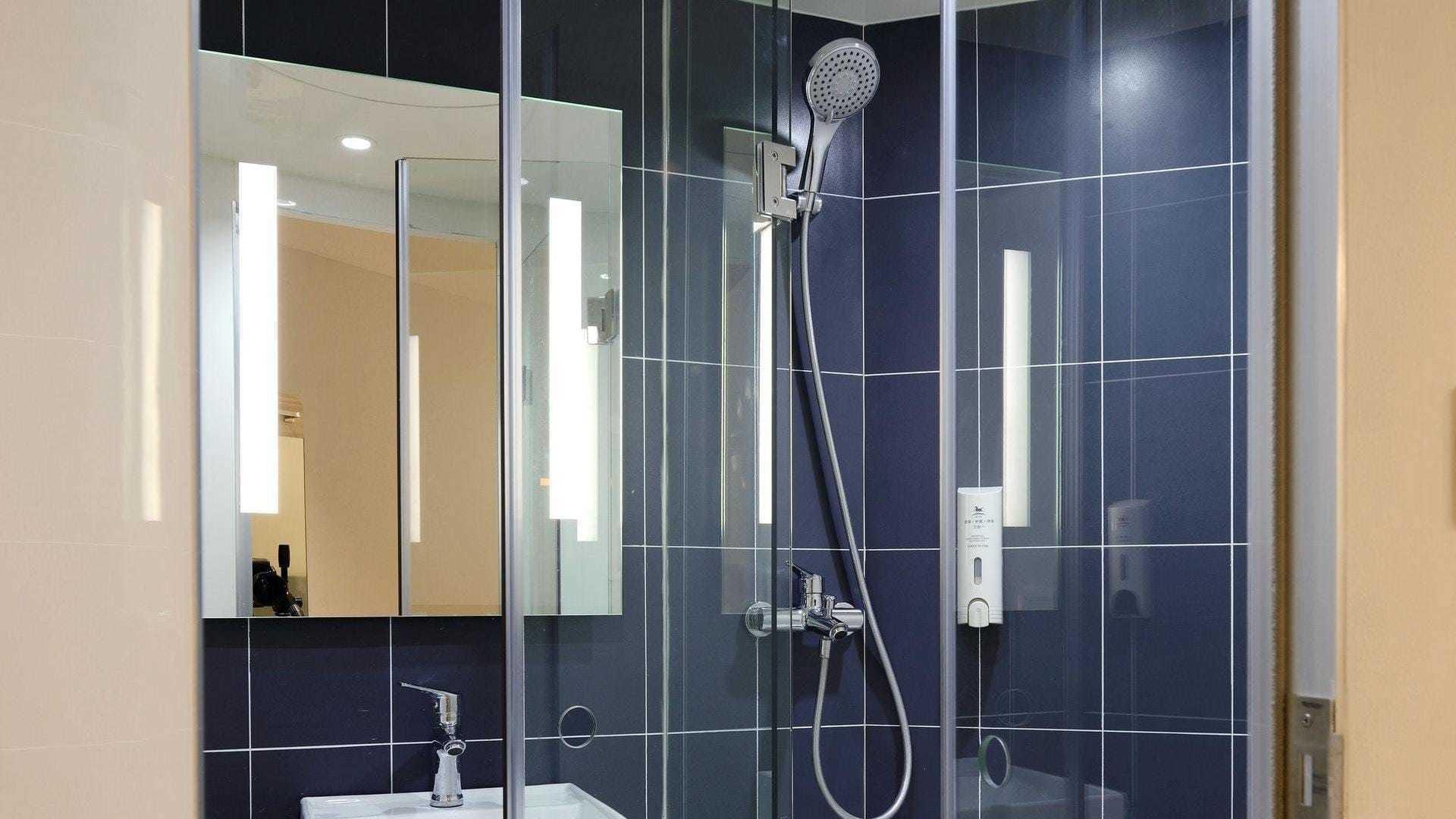Posa piatto doccia a rimini i migliori 20 installatori - Posa piatto doccia prima o dopo piastrelle ...