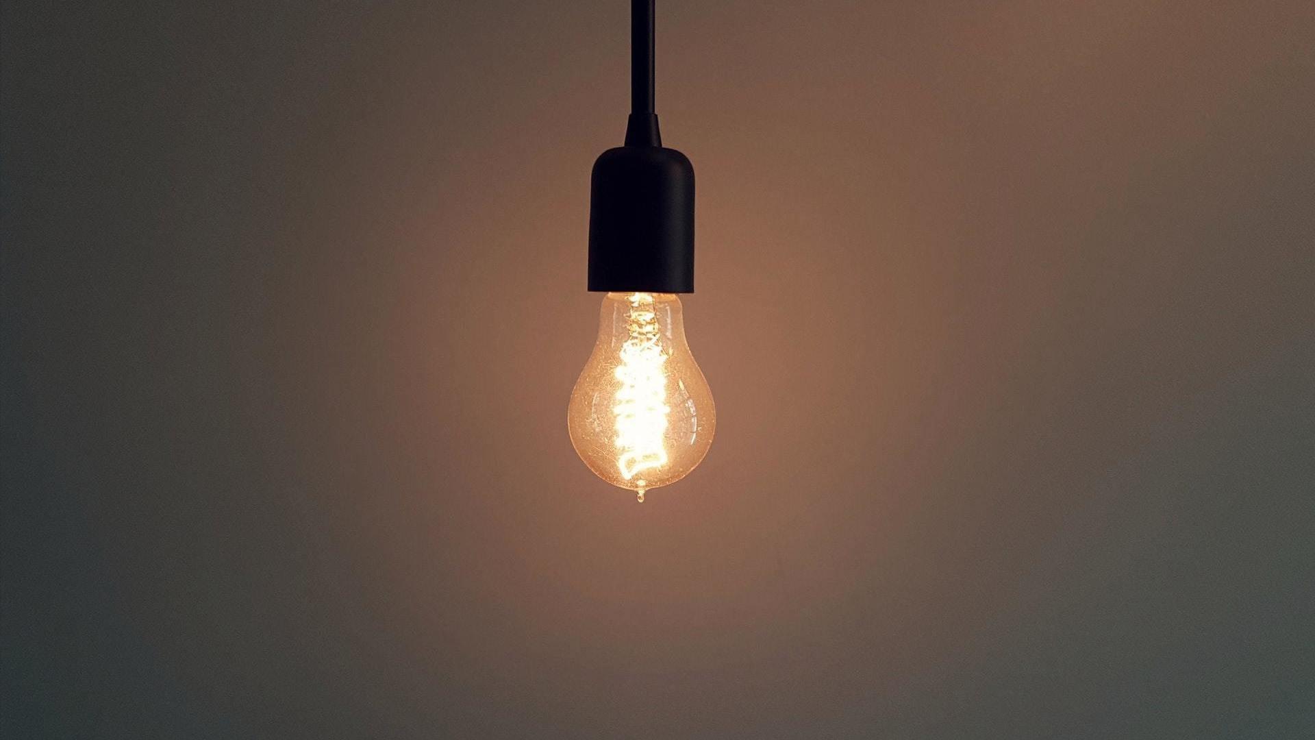 I migliori 20 elettricisti per luce led a reggio nell for Lampade a led lunghe
