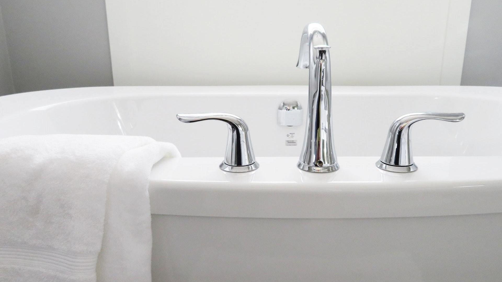 Rifacimento Vasche Da Bagno Brescia : I migliori 20 tecnici per sovrapposizione vasca da bagno a brescia