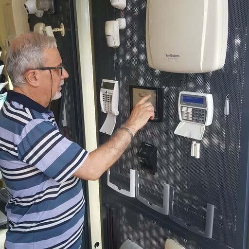 Claudio Columbro - Sistemi antifurto a La Spezia - Proteggere la proprietà dai brutali tentativi di furto, grazie al meglio della tecnologia.