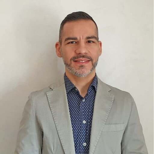 Regala al tuo brand un'identità tutta nuova - Vincenzo Fortuna - Consulente marketing in Siracusa - Consulente di marketing in Siracusa