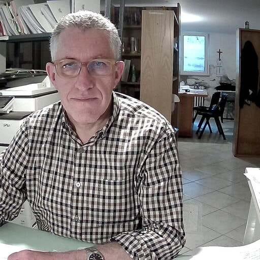 Serietà al tuo servizio - Davide Alimenti - geometra a Fano