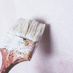 Imbiancatura, tinteggiatura o decorazione pareti interne