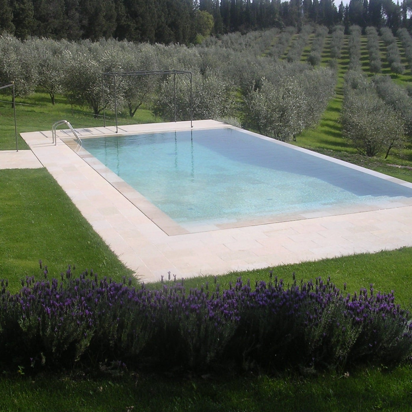Giardino toscana srl for Arredo giardino toscana
